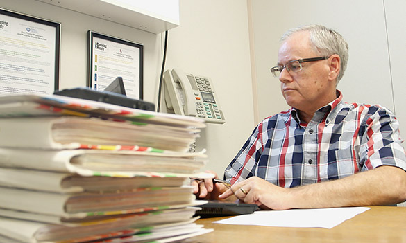 Psychiatrist Janet McCulloch and opthamologist Don Smallman are among the Kingston-area doctors raising alarm over cuts to fees paid to physicians. (Elliot Ferguson/The Whig-Standard)